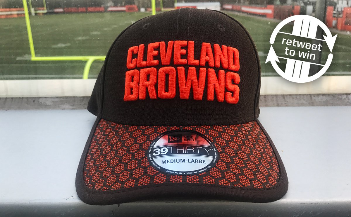 �� RETWEET and FOLLOW for a chance to win this Sideline Hat from @Fanatics ��   Rules: https://t.co/nru3V8nVYF https://t.co/2musCiNc5M