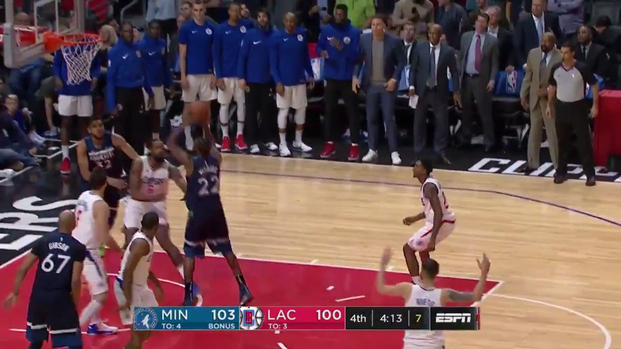 Wiggins darts down the lane! @Timberwolves looking to close out in L.A.! #AllEyesNorth   ��: ESPN https://t.co/9mcAoX4dxy