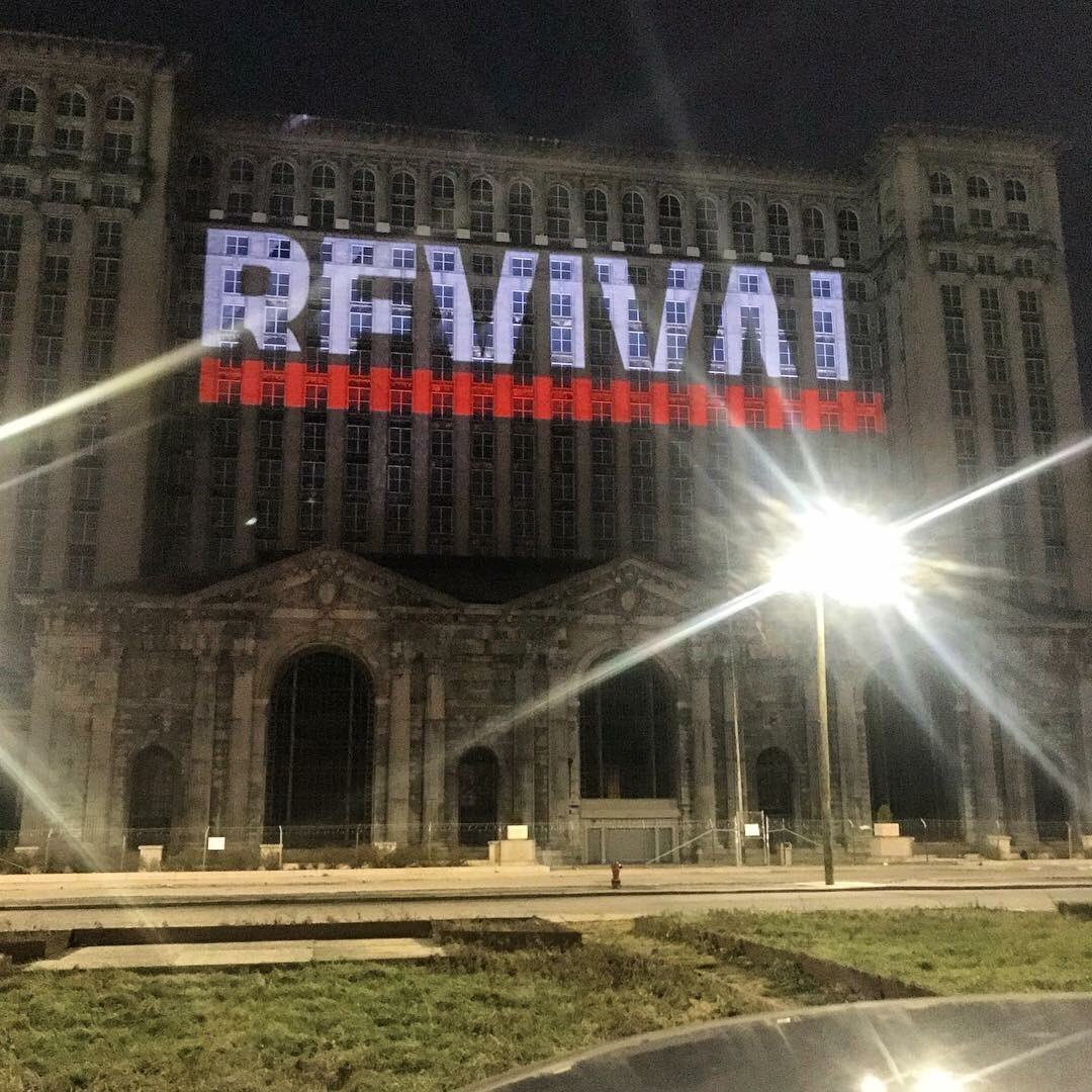 detroit #Eminem #Revival popping up...