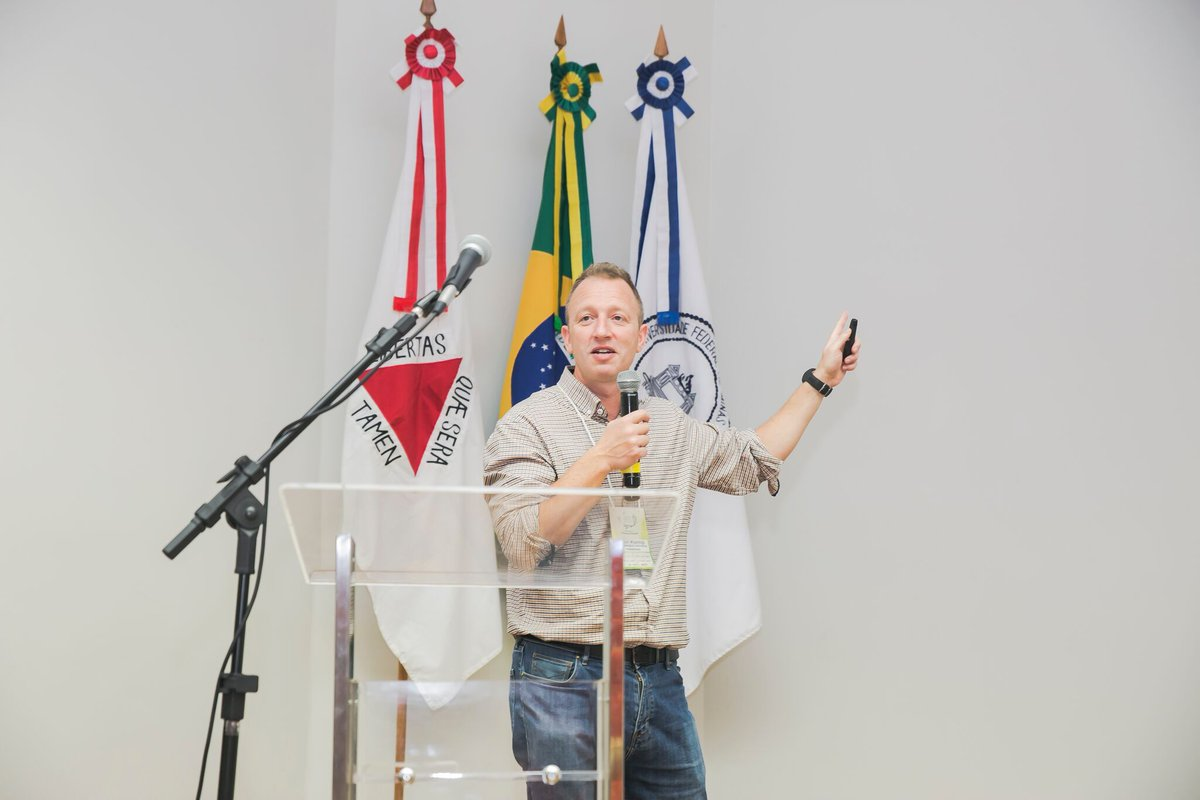 test Twitter Media - Professor Paul Kemp provided a keynote speech at the 10th Anniversary Peixe Vivo (Fish for Life) programme annual meeting at the Federal University of Minas Gerais (UFMG) in Belo Horizonte, Brazil, focusing on the topic of dam decommissioning. https://t.co/fuEjaqZSVD