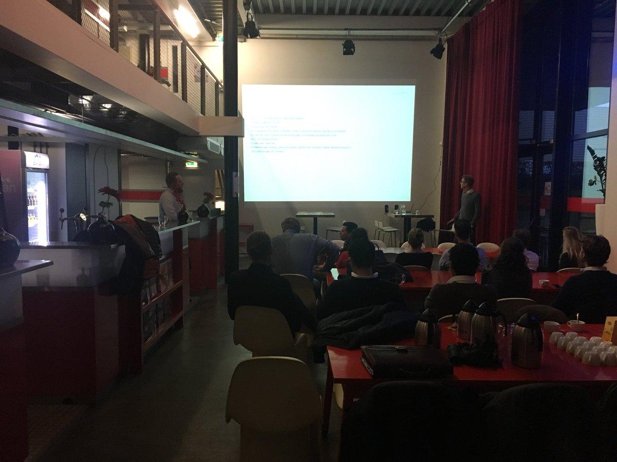 Presentatie Pim van Os van Kadans over Triple O campus in #Breda. Met de BAB in het @blushuis https://t.co/QfiBRWvBlS