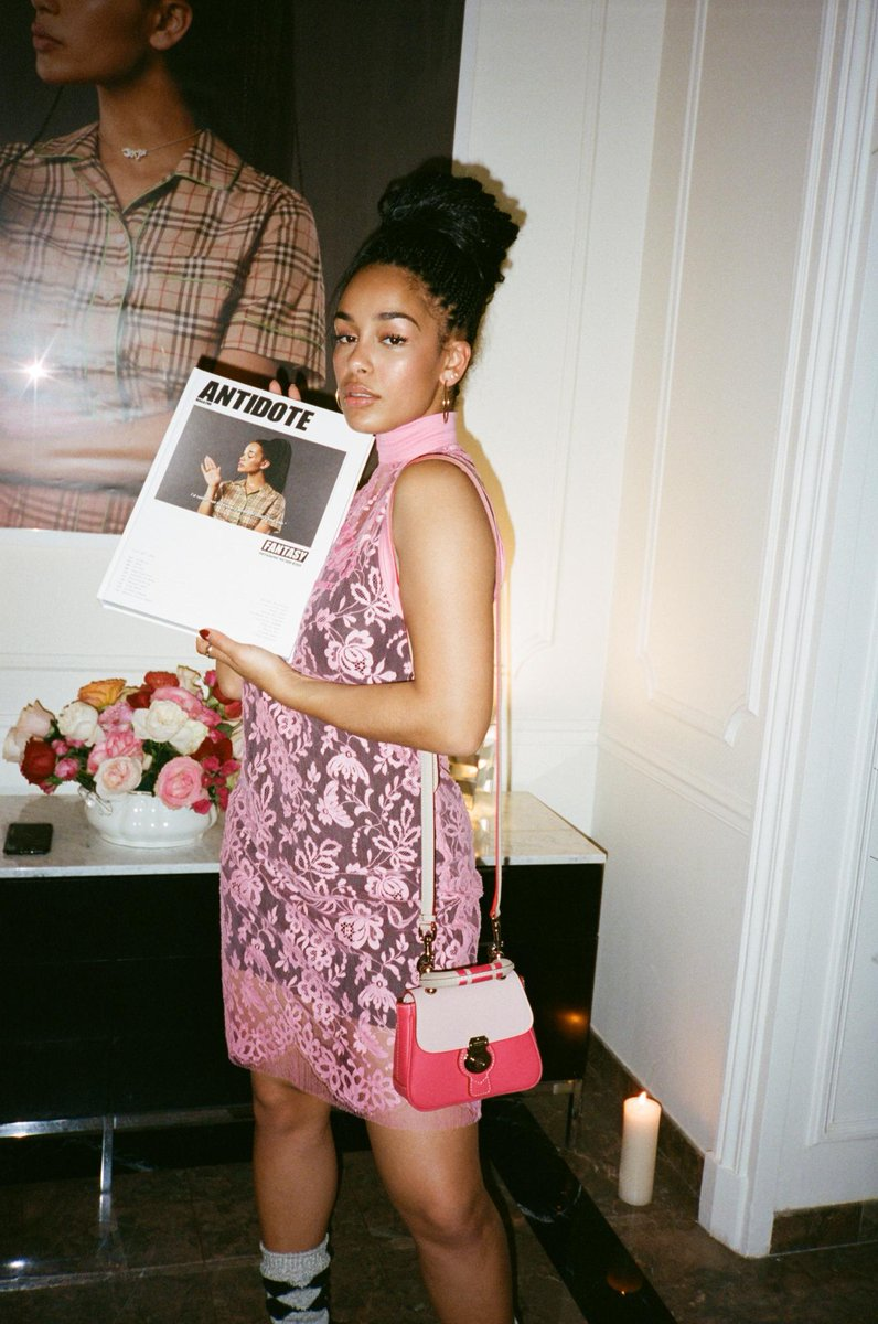 .@JorjaSmith wears a @Burberry dress styled with #TheDK88 at our dinner with @Mag_Antidote in Paris https://t.co/0vPg5GSiVT