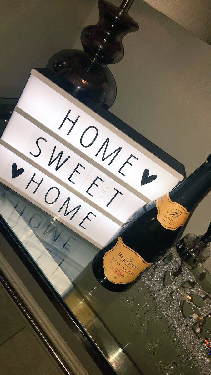 I'M OFFICIALLY A HOME OWNER! 🏡🍾 VRvZtFYI3N