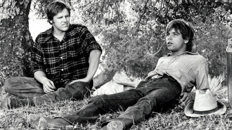 Hollywood flashback: @HamillHimself recalls playing a sitcom cowboy before 'Star Wars'