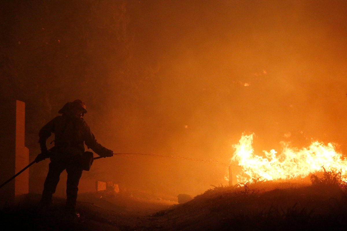 California wildfires bear down on Los Angeles suburbs