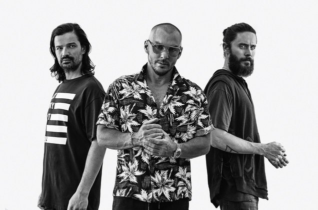 .@30SECONDSTOMARS earn their first Rock Airplay No. 1 with 'Walk on Water' https://t.co/2AaTj5aLRL https://t.co/hIGFGyeHbf