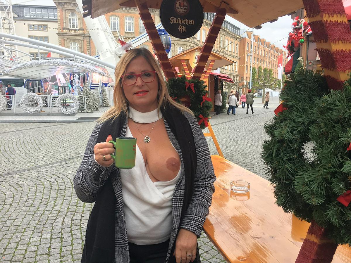 my Christmas-fair adventure FNEFpbrfMj