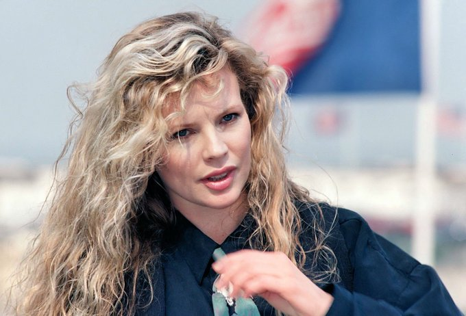 Happy birthday, Kim Basinger! Call the show this morning. 888 WIND FM 2 And thank you!