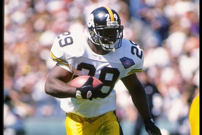 Happy bday today to former TB Barry Foster!