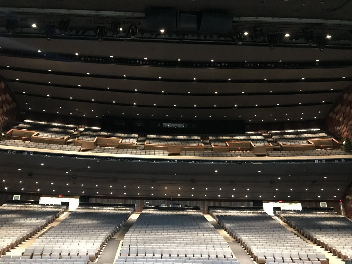 TORONTO! We're playing at the Sony Centre for Performing Arts tonight! See you there! https://t.co/oDm67pCNvr