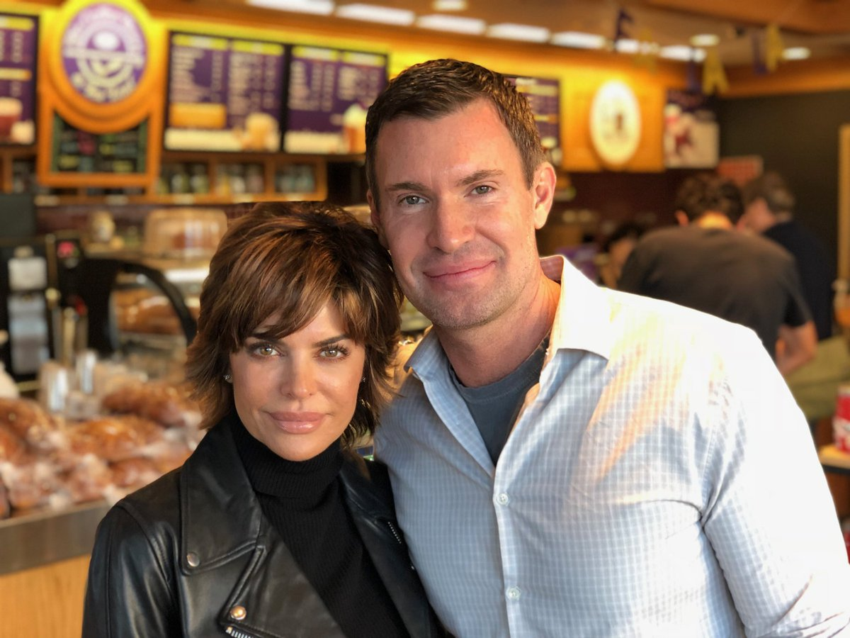 We look like we are brother and sister @JLJeffLewis and like we are up to something. #Radioandy https://t.co/m22buEkmmU