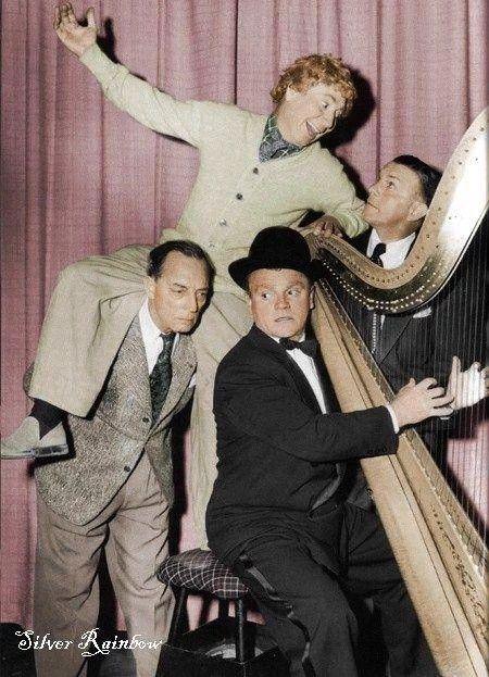 Buster Keaton, #HarpoMarx, James Cagney & George Burns https://t.co/7kIw4lAknu
