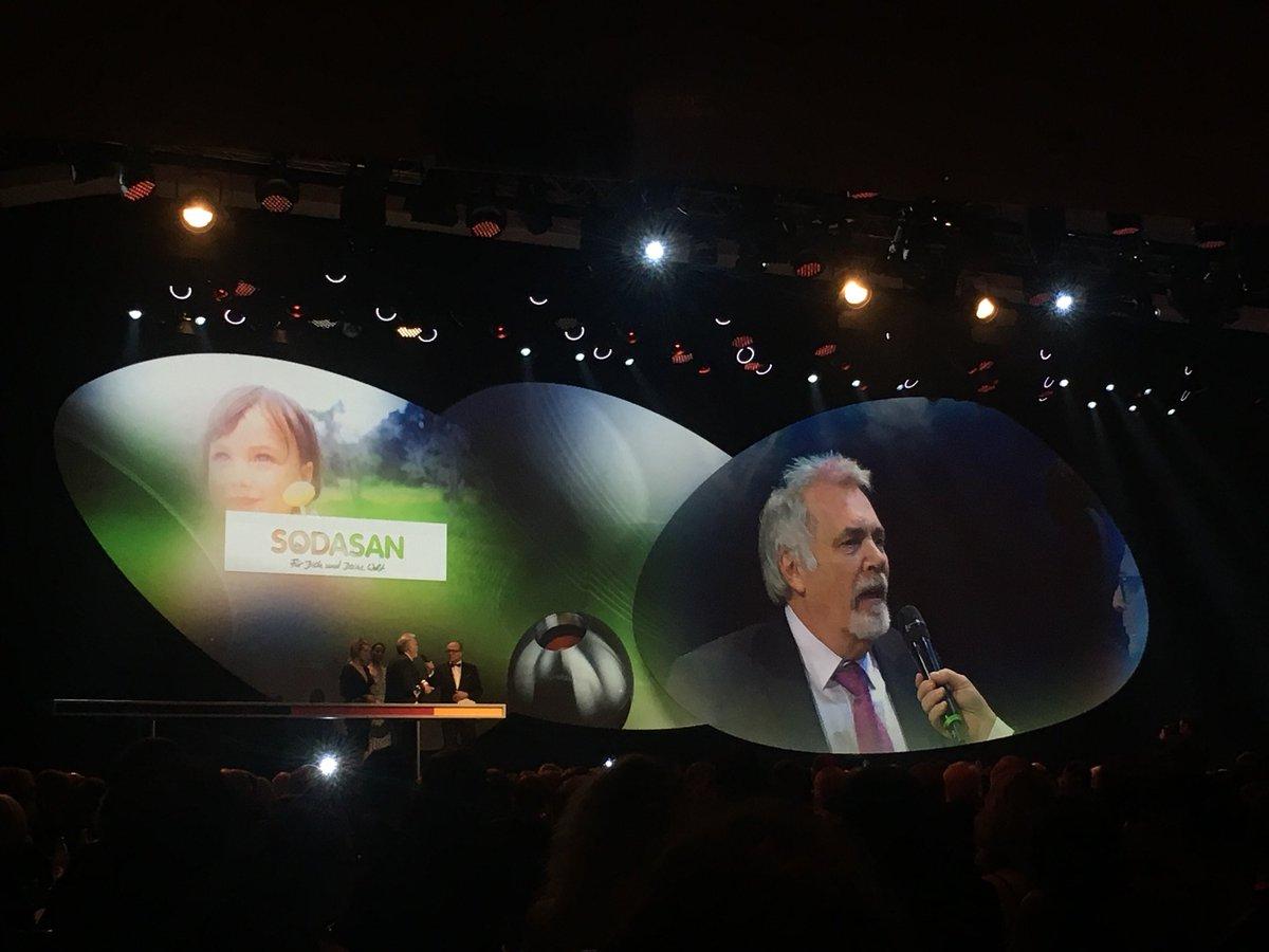 RT @UnternehmensGRU: Wohooo - wir gratulieren #Sodasan!  #DNP10 https://t.co/pcjDKGgNsx