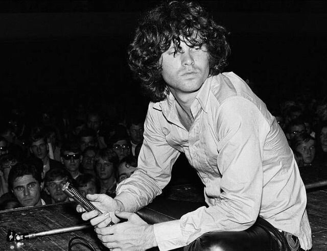 Happy birthday to the incredible Jim Morrison!!