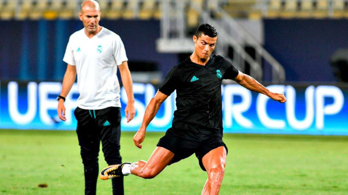 Cristiano Ronaldo is greatest player ever, says Zinedine Zidane