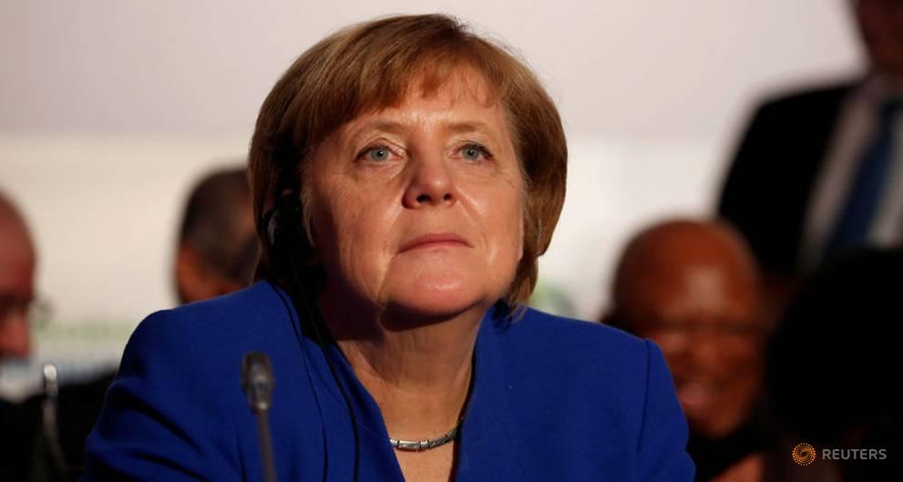As coalition talks loom, German conservatives reject SPD's Europe idea