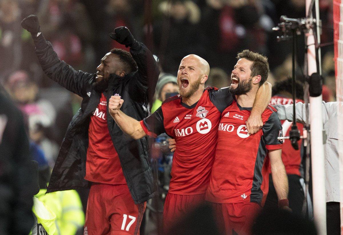 RT @torontofc: No words. Toronto, let's celebrate!  #MLSCupChampions 🏆 https://t.co/9bd5KNWn22