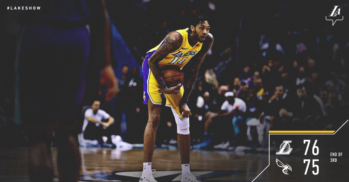Homecoming king Brandon Ingram leads the charge with 15 pts, as the Lakers have the edge heading into the fourth. https://t.co/cXLqt1i2Sn