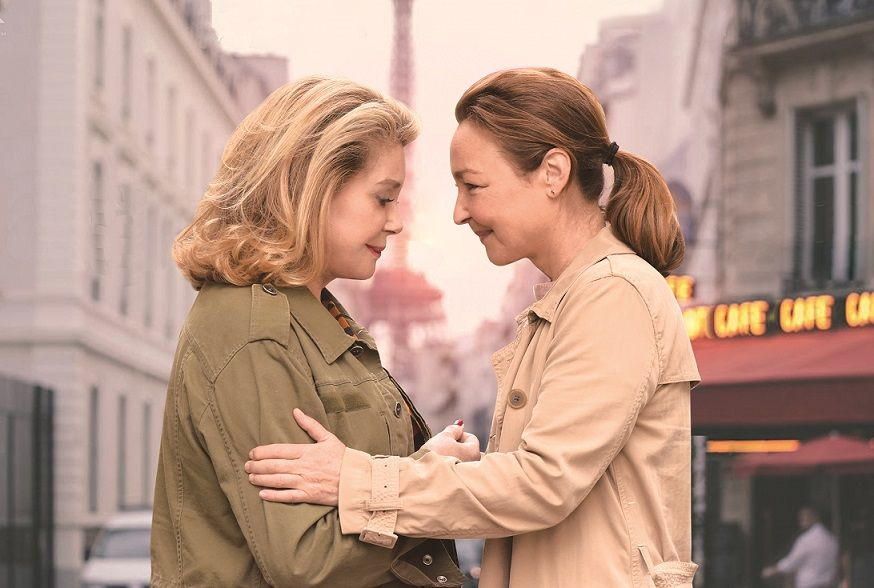 test ツイッターメディア - 【気になる映画】  どうやったらこんなに可愛く歳を取れるの?フランスを代表する二大カトリーヌ(カトリーヌ・ドヌーヴ&カトリーヌ・フロ)初の共演!超破天荒な母と、超常識人な娘。2人の再会は、運命をどこへ導くのか?  映画『ルージュの手紙』公開 https://t.co/ZFWTnwUPN0 https://t.co/4gsJ5IhHuX