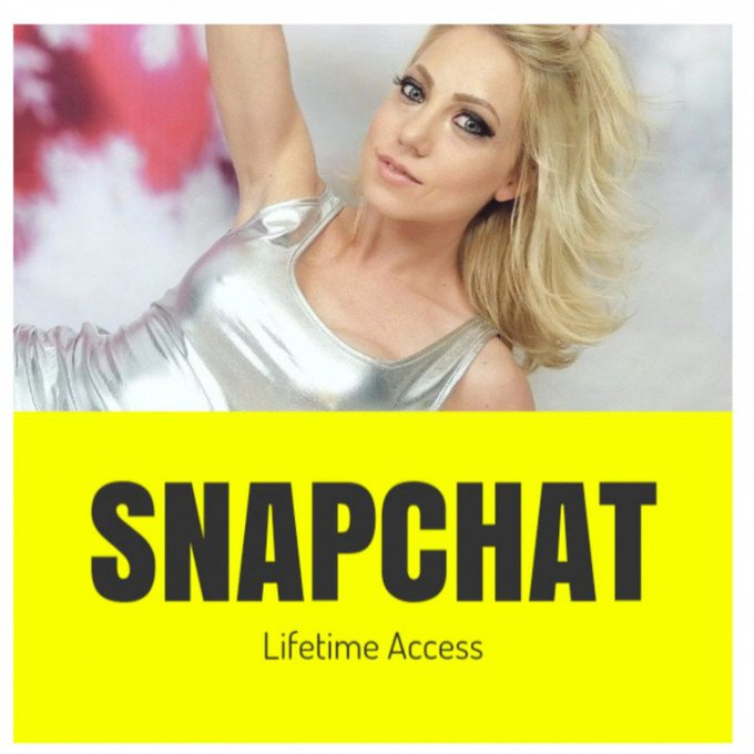 How cool! Just sold SNAPCHAT Lifetime Access! You can get yours here https://t.co/qXdryVhXXT @manyvids