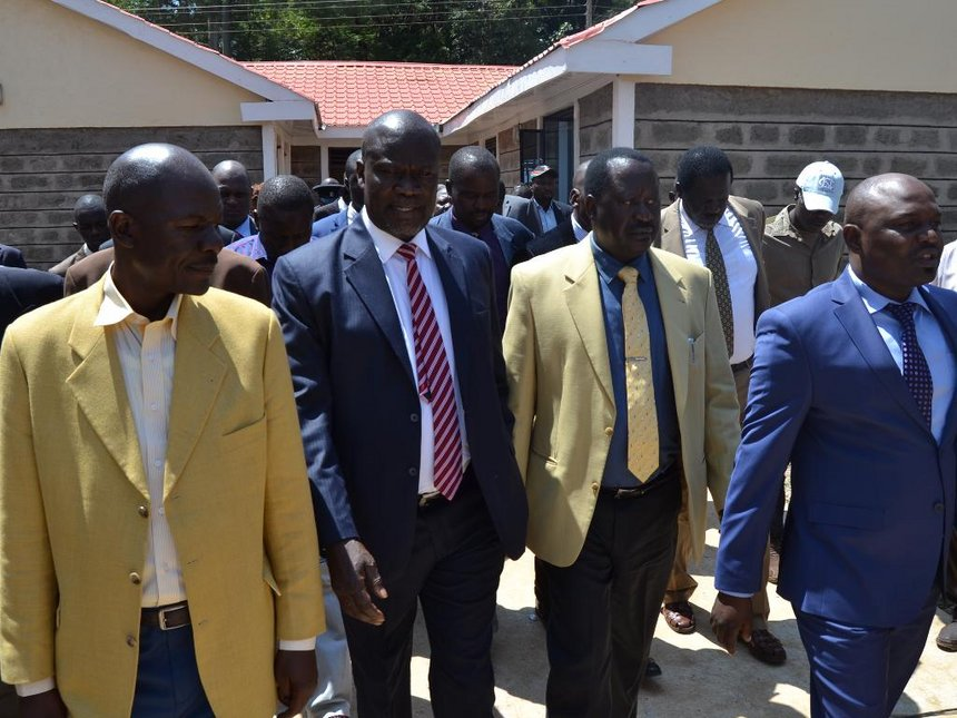 Siaya leaders dare police to arrest Raila during his 'swearing in'