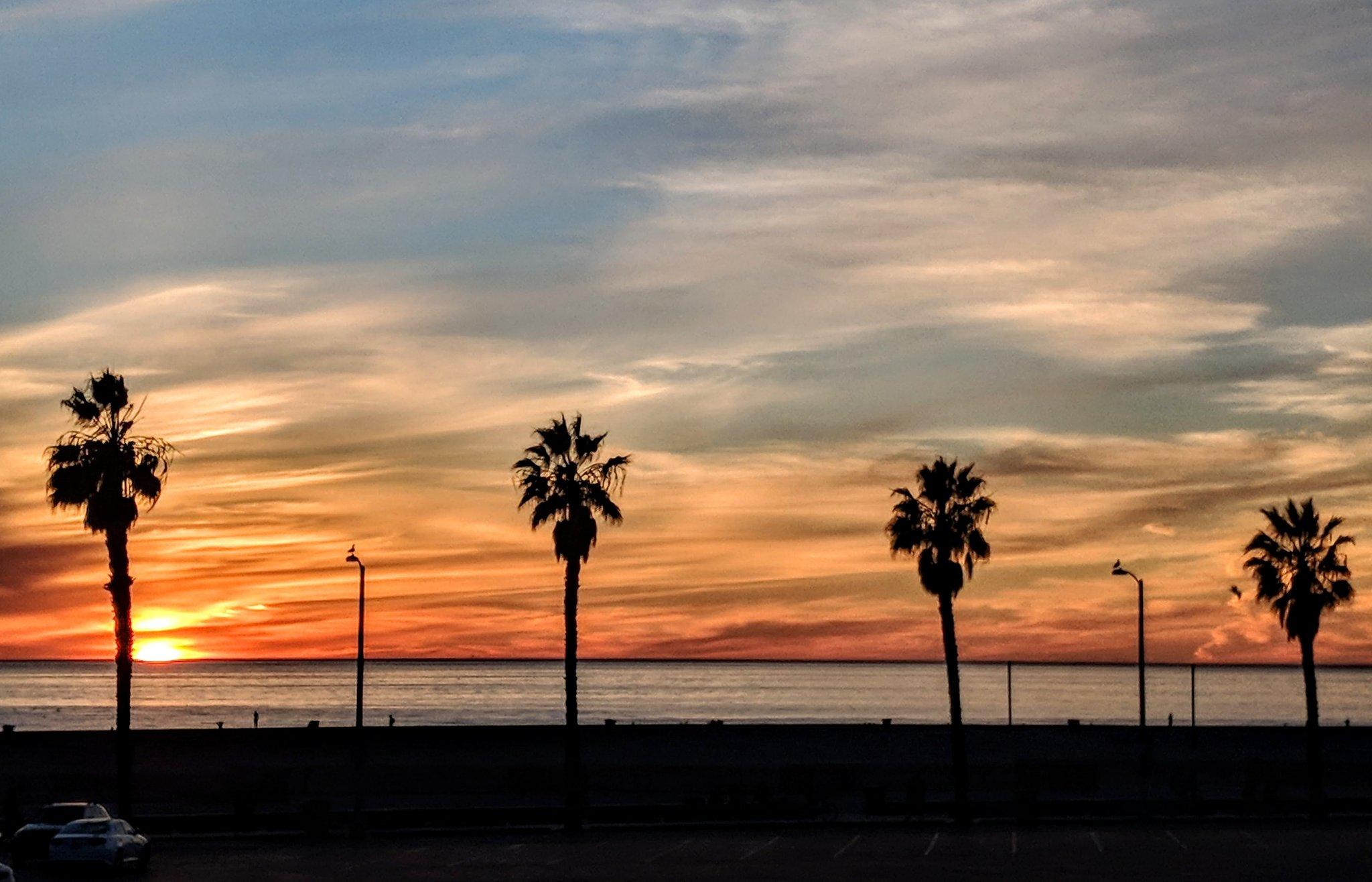 #sunset https://t.co/BGVZZSpUjw