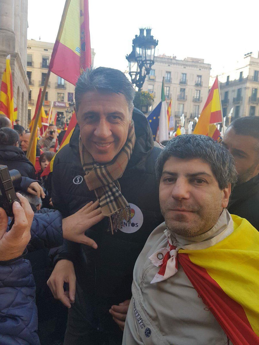 "test Twitter Media - RT @jordiborras: Aquesta és la ""gent normal"" segons @Albiol_XG? Un falangista? https://t.co/7nmdq5WLHP"