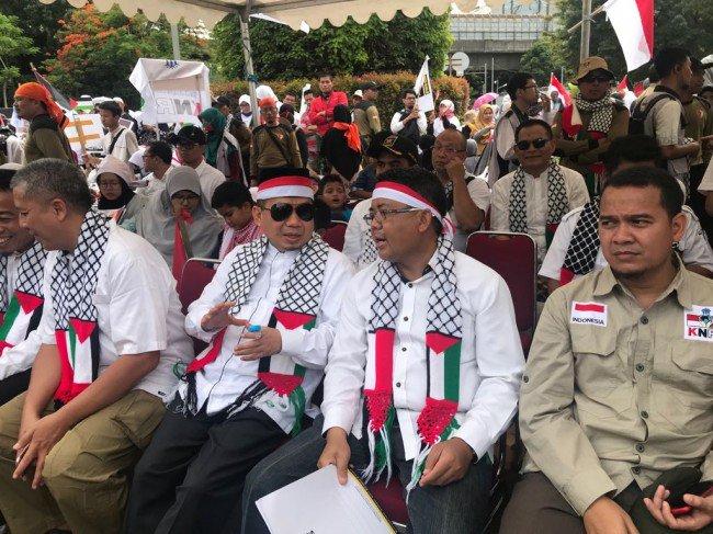 Bela Palestina Kewajiban Konstitusional https://t.co/I7OUkxOyh3 https://t.co/P5VTH7RJ6e