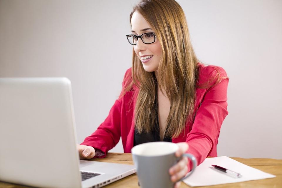 test Twitter Media - 6 ways to make your LinkedIn profile standout and unforgettable https://t.co/v17hIrFM9S https://t.co/dKMkLb8I1S