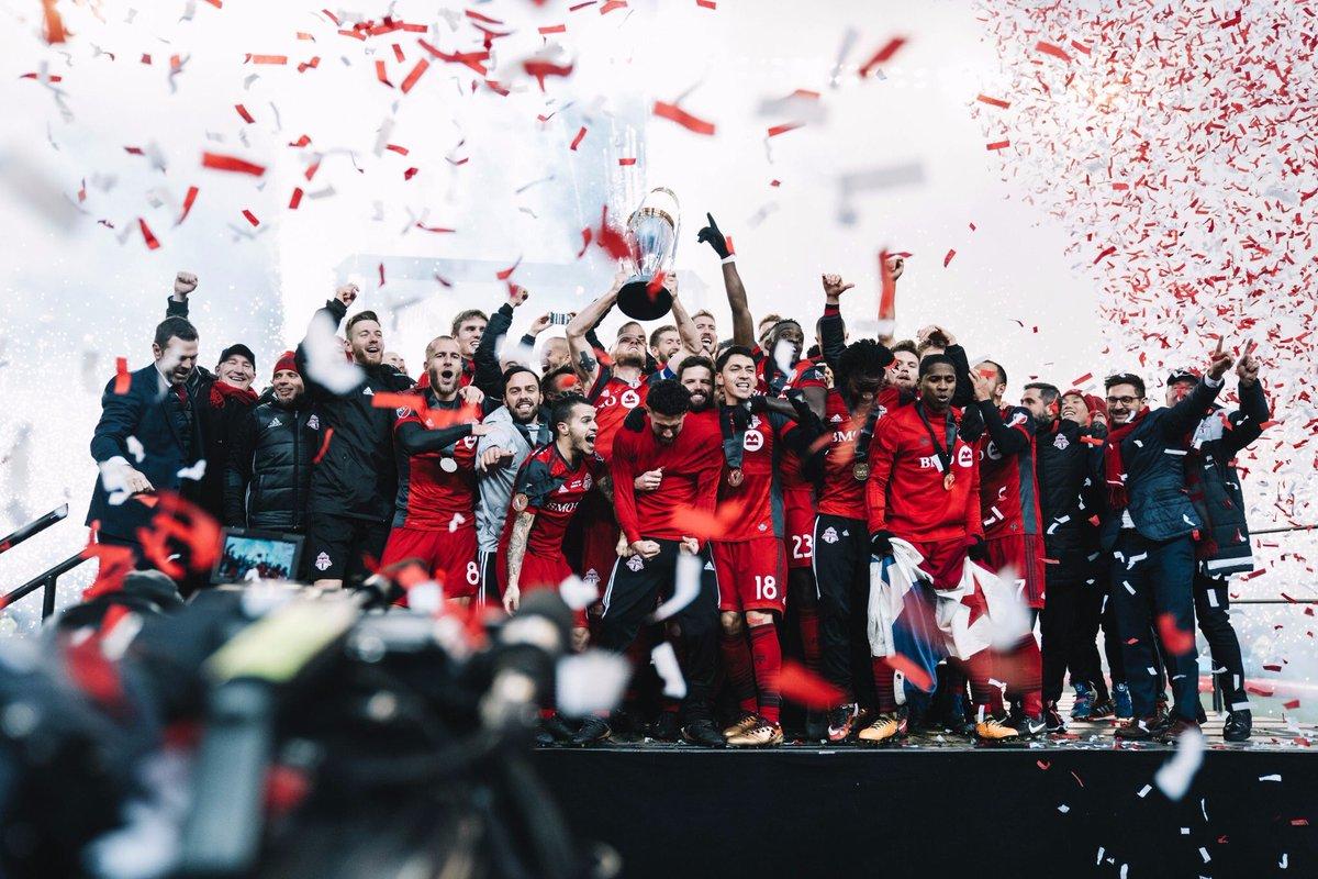 C A M P I O N E S !🥇☝🏽             🏆 🏆 🏆   #mlscup #tfc #trophies https://t.co/9l1lArzsEh