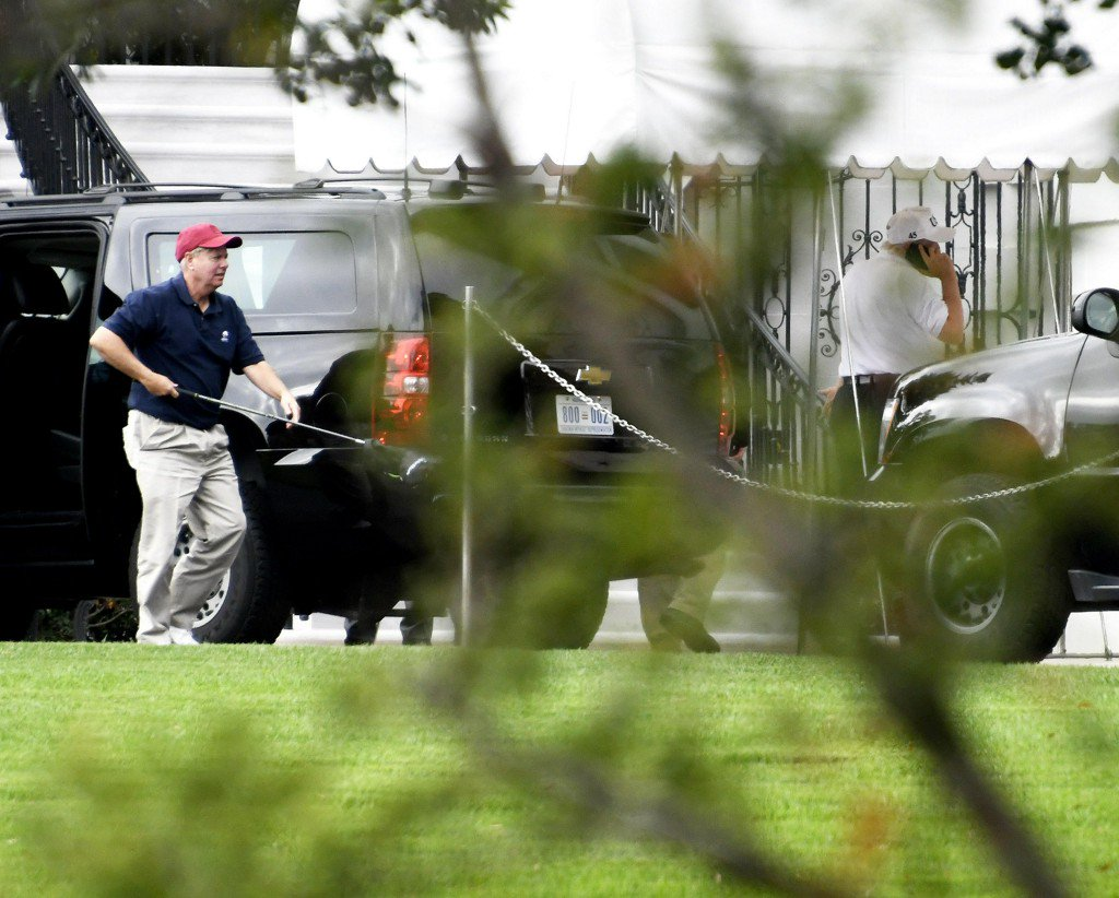 Pres. Trump talks tax cuts and budget on golf course with Sen. Lindsey Graham