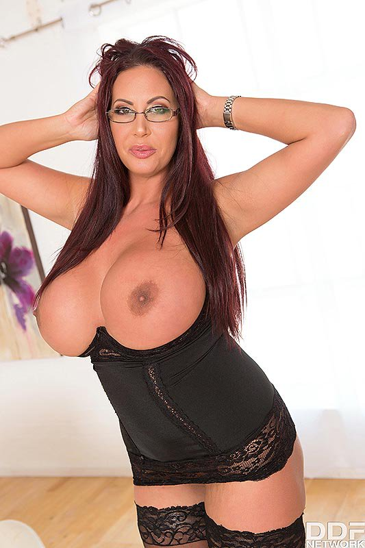 4 pic. New super hot new scene out on here is the link QTbpBShDwO /