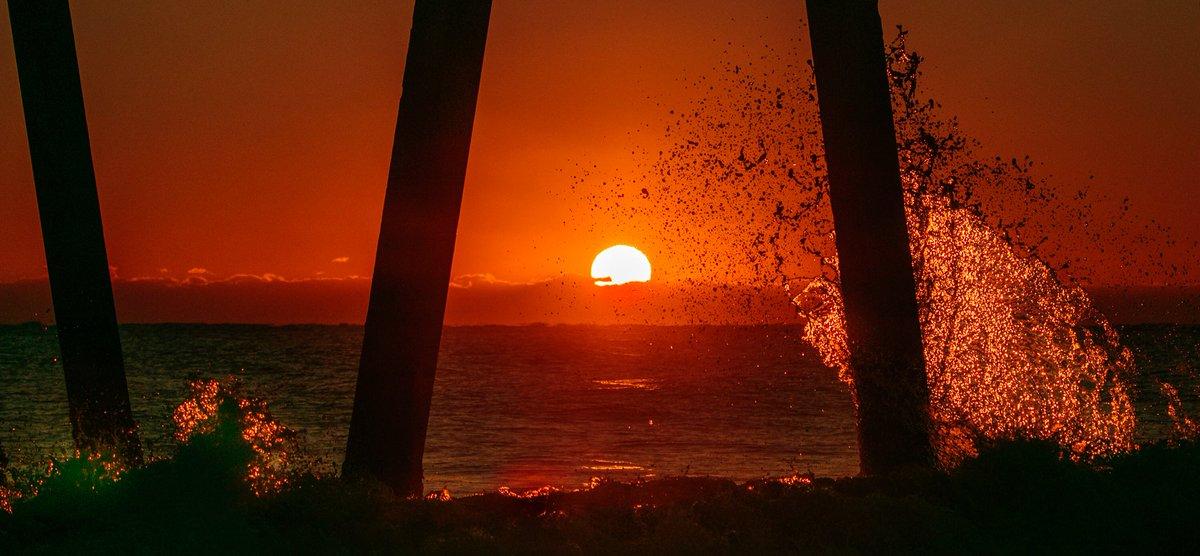 sunrise RT @joejrpix: #sunrise #Pier...