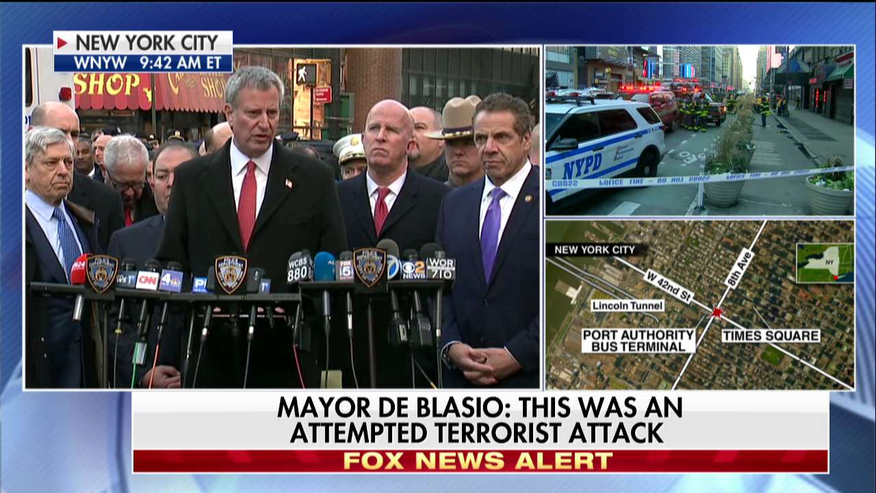 .@NYCMayor: 'The first responders, responded brilliantly.' https://t.co/ZUlCYV7RRU https://t.co/T89DjqBHEx