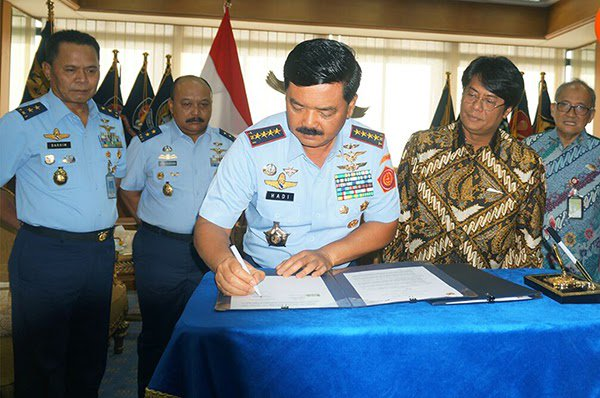 TNI AU dan Pertamina Jalin Kerjasama https://t.co/fsXaw1ge4g https://t.co/7ZZJHR9XLi