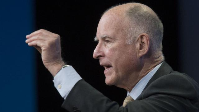 Jerry Brown pardons two men days before they were scheduled to be deported https://t.co/3B0o5IvILJ https://t.co/BekF6YhPtI
