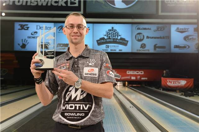 Just 25 years old. Now NINE @PBATour Titles. Congratulations @ejt300, Scorpion Champion! Thank you to @pepsi for sponsoring this event. #WSOB #GoBowling https://t.co/du1hGRMhOw