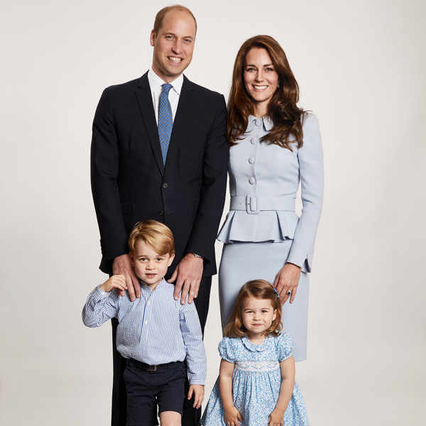 The royal family's Christmas card has us feeling anything but blue.