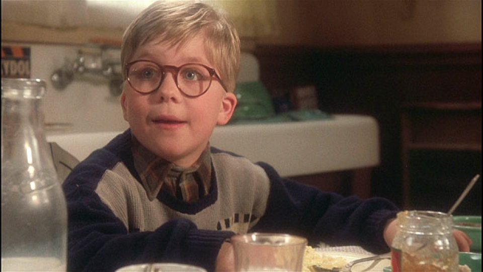 From 'A Christmas Story' to 'Bad Santa,' THR picks the top holiday-themed movies: