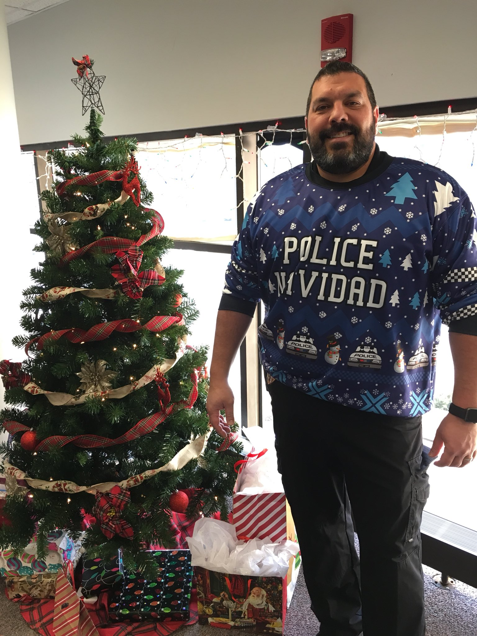 #UglySweater Voting Round 8!: Vote for your favorite ugly sweater! Detective Vince Ramirez on the left or Detective Jakub Klatka on the right? https://t.co/pAEkmDt7FY