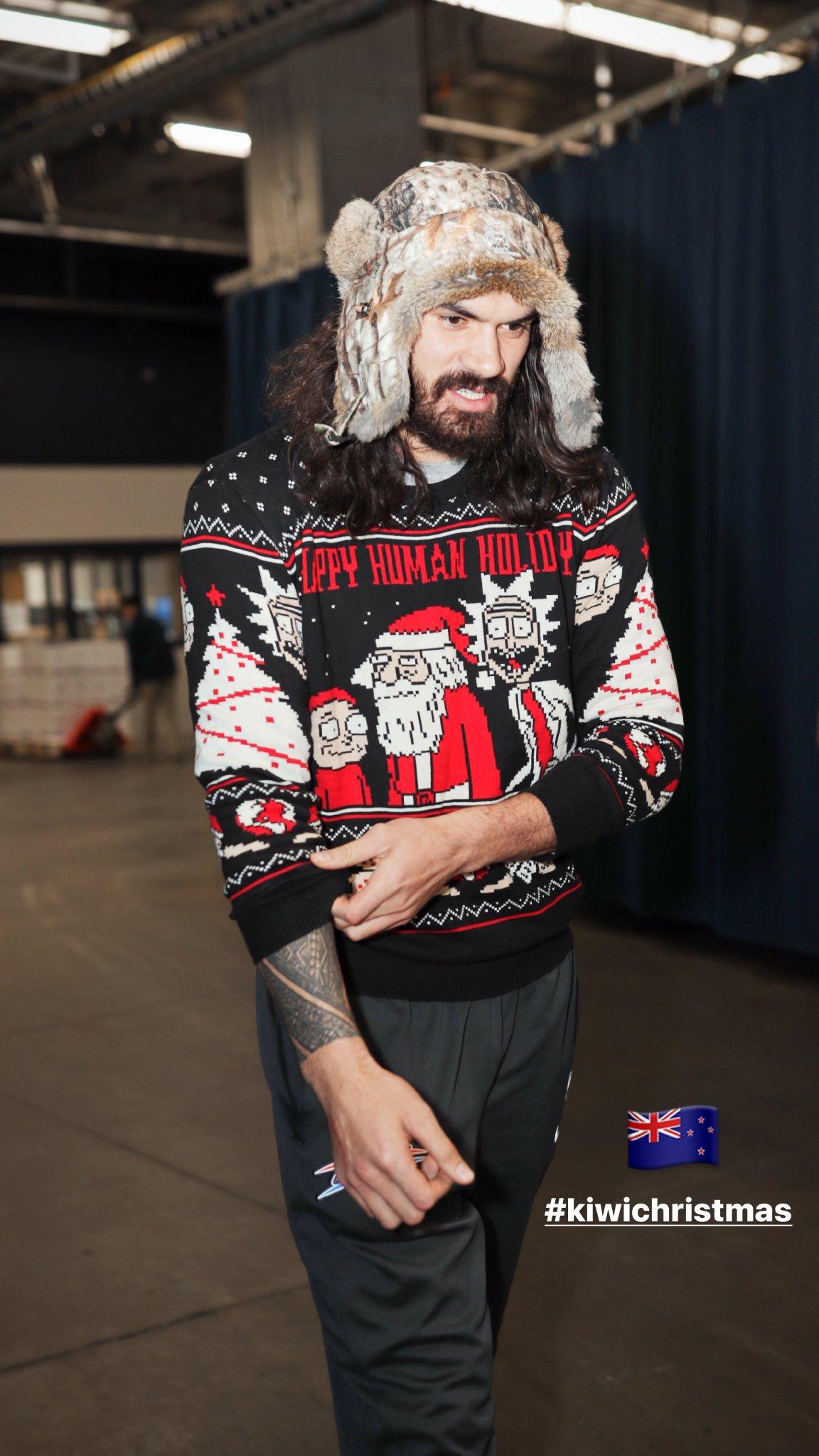 Ugly (the sweater)🎄 #KiwiChristmas @RealStevenAdams #NBAVote #RetweetsCountAsVotes https://t.co/BCt0oveFs1