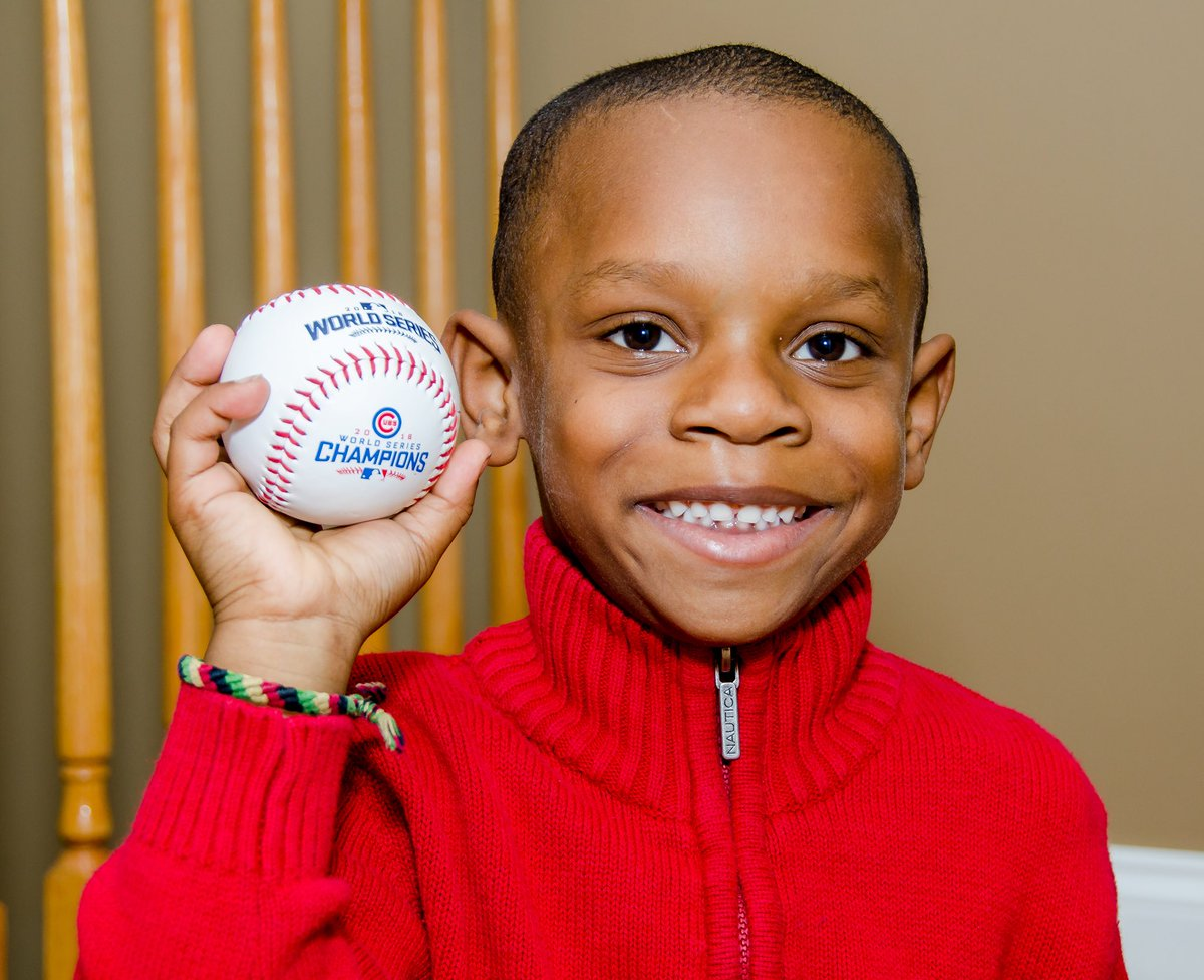 "test Twitter Media - On the 11th Day before Christmas, my true love Tyler said to me, ""Daddy for Christmas I want another 'World Serious' ball from the Cubs.""😯 Ummm, Theo I need your help! https://t.co/bl9zQWX7rR"