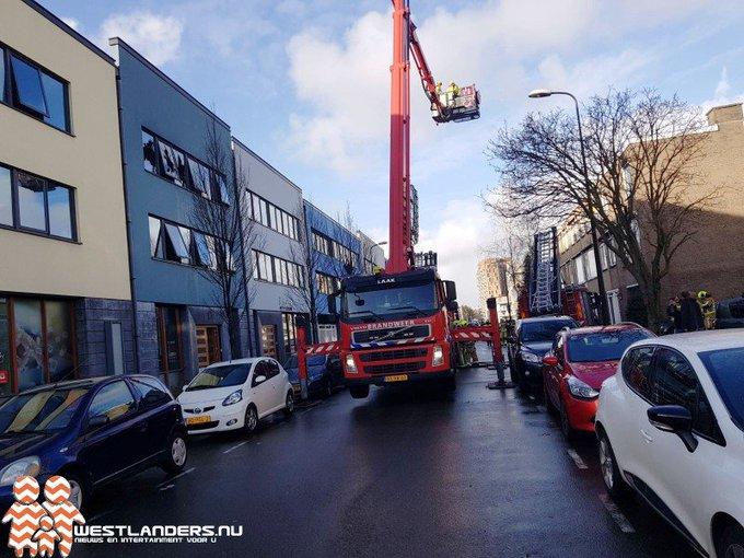 Grote brand aan de Frijdastraat in Rijswijk https://t.co/8vm2D77B8a https://t.co/zMnIk7cM4E