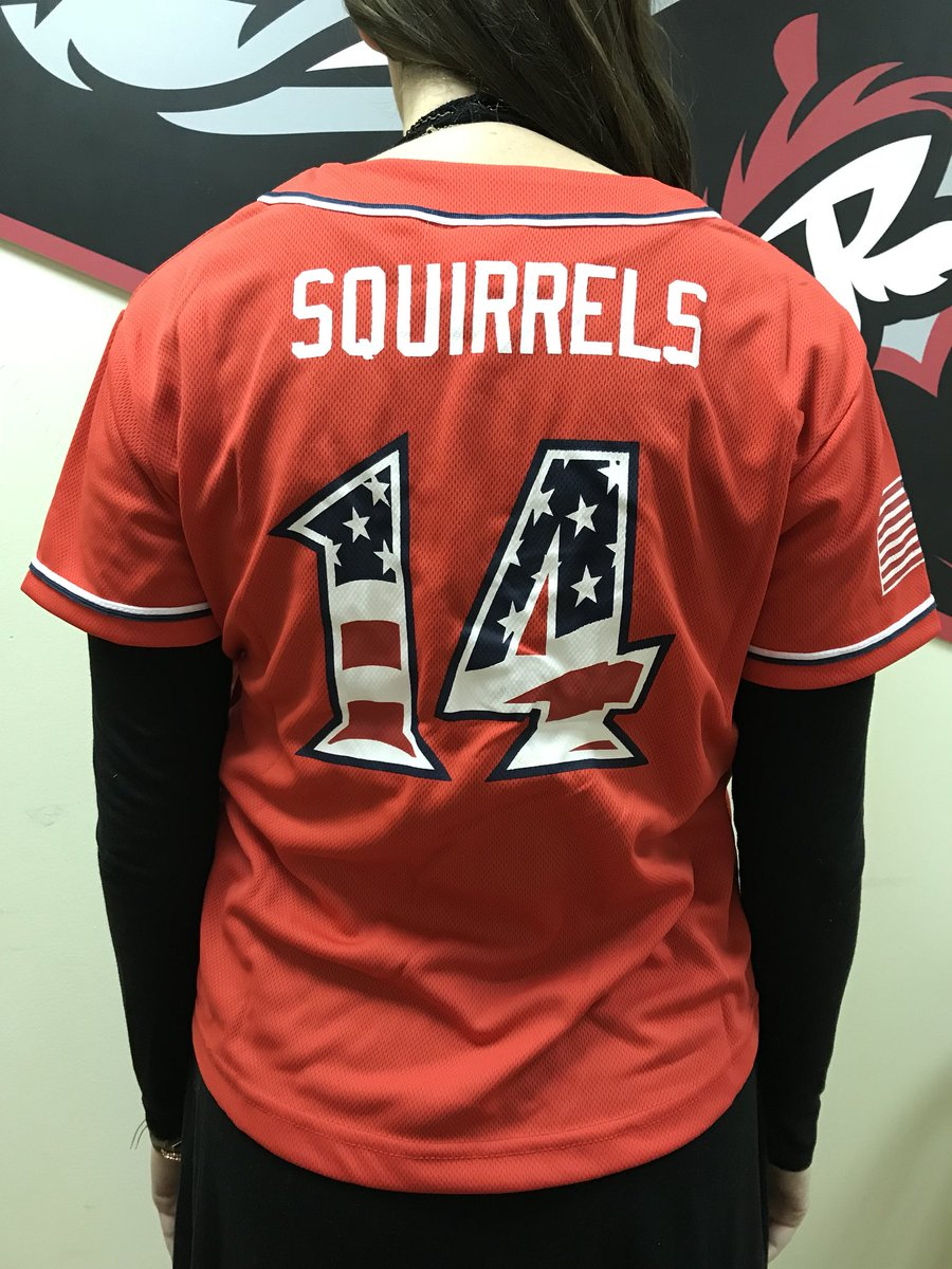 Need a last minute gift? Then #RT to win this Youth-Size Replica Squirrels Jersey for the ⚾️ fanatic in your life 🎄 https://t.co/xehhHiFQpT
