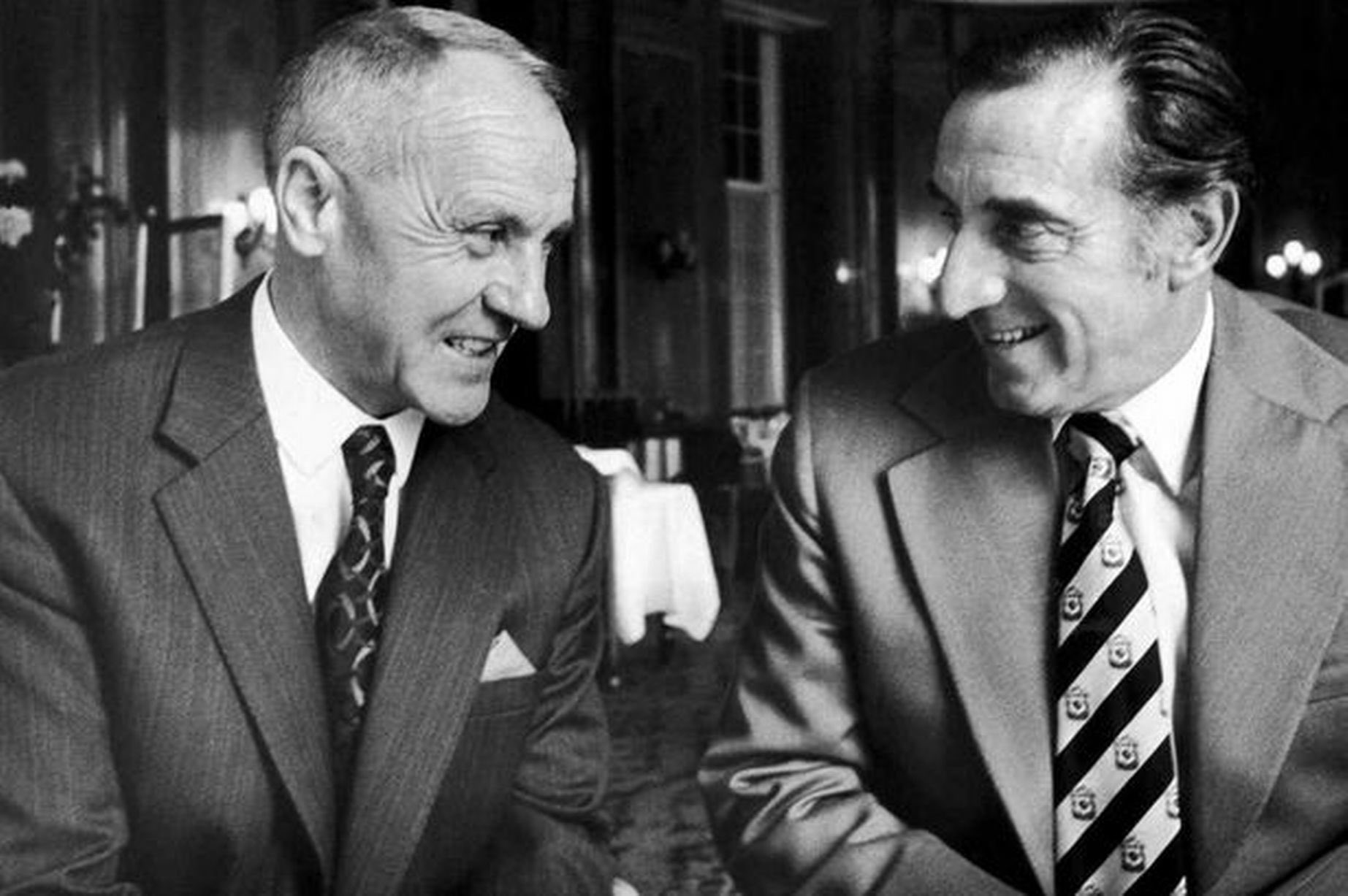 Bill Shankly of Liverpool and Harry Catterick of Everton https://t.co/up5Y7VZtWk
