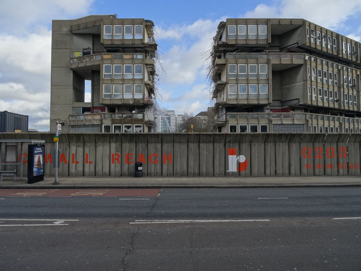 test Twitter Media - RT @C20Society: So long Robin Hood Gardens. Feels like seeing an old friend having their teeth knocked out. https://t.co/jhhKSnkSpY