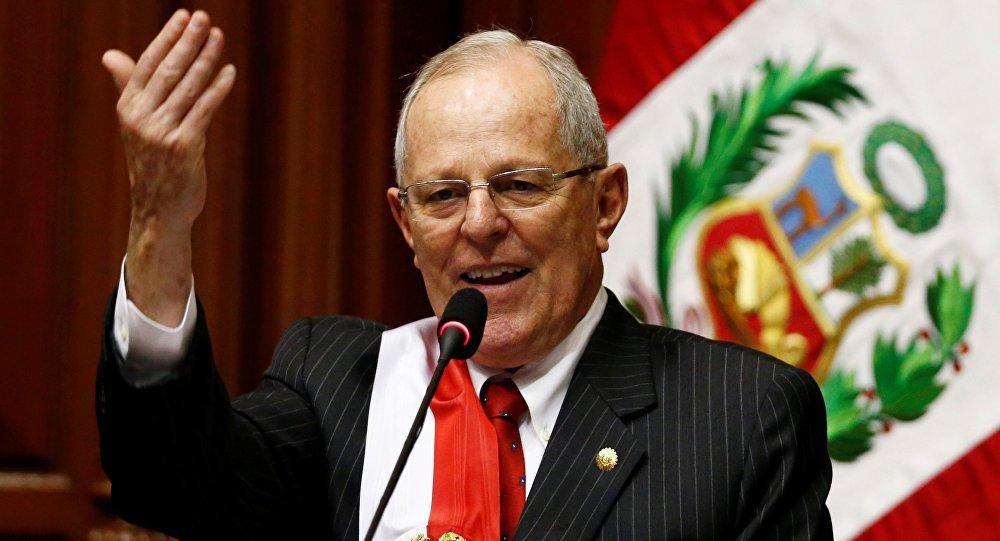 Peru president Kuczynski resists pressure to quit