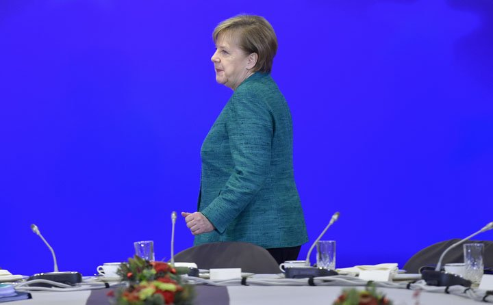 @BroadcastImagem: Segunda fase do Brexit será ainda mais complicada, diz Merkel. John Thys/AP