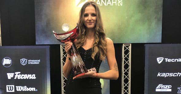 An award to @KaPliskova, more holiday snaps and off-season training!  Social Buzz--> https://t.co/ITjpc5GUP2 https://t.co/ozJEG0TyRi