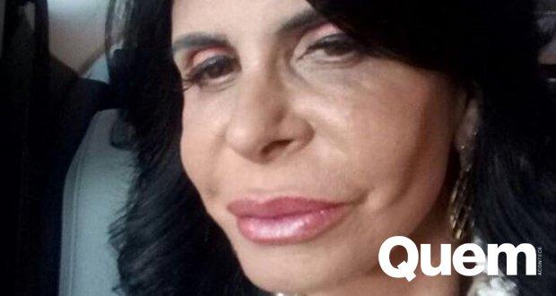 Gretchen. Foto do site da Quem Acontece que mostra #Gretchen faz preenchimento labial e rebate críticas: Amo minha boca assim: